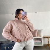 Con questo maglione il mal di gola sarà solo un ricordo 😜🤍  🔍Pullover dolcevita -rosa antico 20€  . . .  🚛Spedizione a soli 3,50€ in tutta Italia  💸Pagamento alla consegna, PayPal, Bonifico. 🏡Ritiro in negozio gratuito.